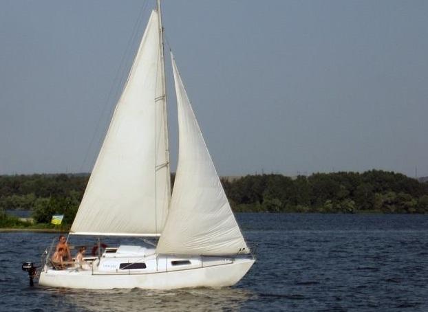 Парусная яхта Сапфир Днепропетровск