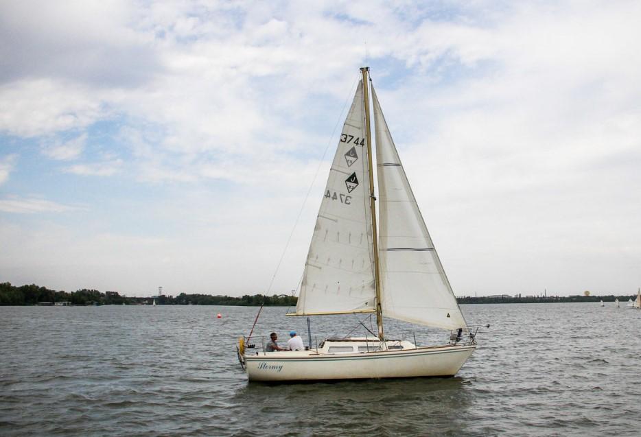 Stormy яхта Днепр
